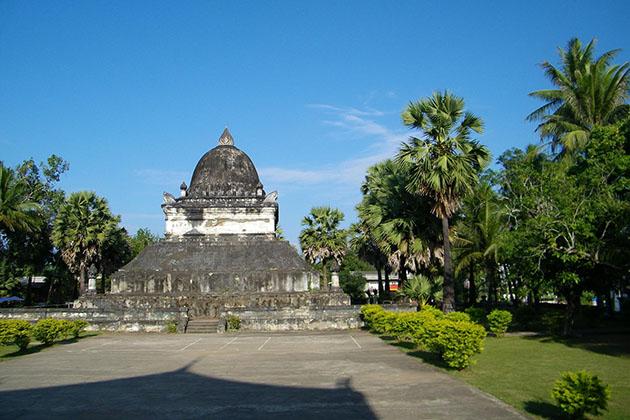 Visit Wat Visoun in Myanmar Laos Vietnam itinerary