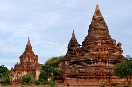 Myinpya Gu Temple