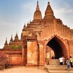 The entrance of Sulamuni Temple
