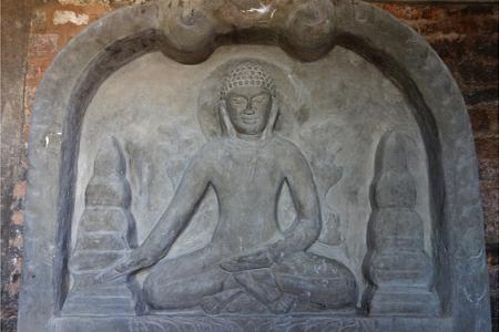 Inside Lay Myet Hna Pagoda