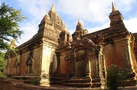 Myinkaba Gubyaukgyi Temple