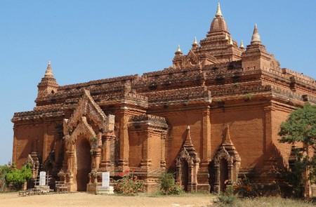 Pyathada Temple, Bagan, Myanmar