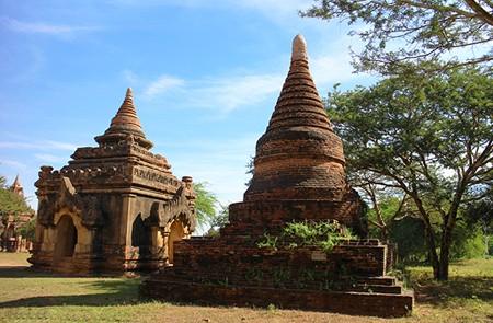 Sein Nyet Ama Temple and Sein Nyet Nyima Pagoda