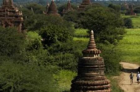 Temple No. 585 (Thaddhamman Yanthi), Bagan