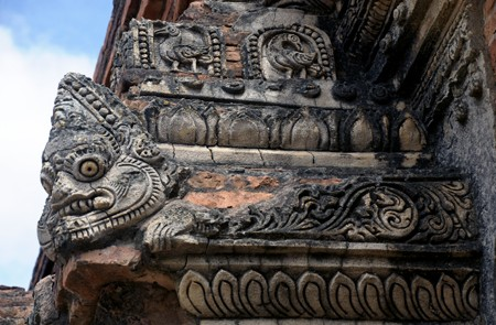 Ancient Stucco and Plaques arts in Myanmar