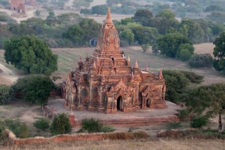 Kubyaukkyi temple