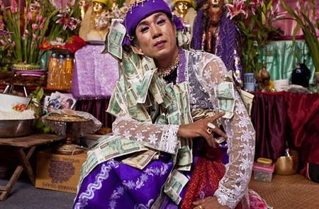 Nat Kadaw (nat's wife)