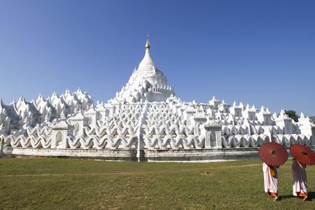 Thagyapaya or Myatheindan Pagoda