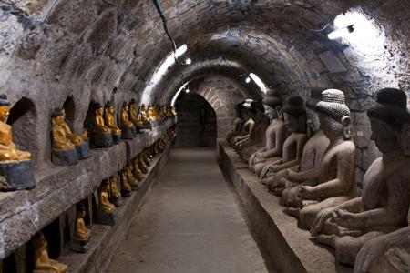 Buddha images inside Shitthaung Temple, Mauk U