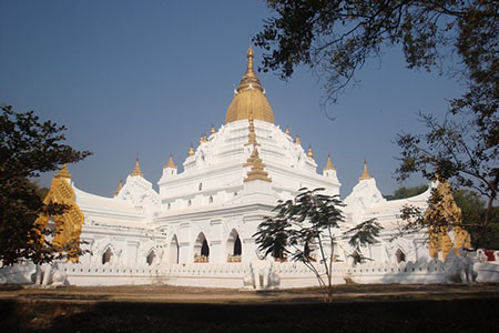 kyauktawgyi pagoda - attraction in Amarapura