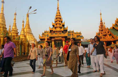 Feedback of John Barry on Yangon, Mandalay and Inle lake Tours