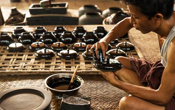 Bagan House Lacquerware Shop