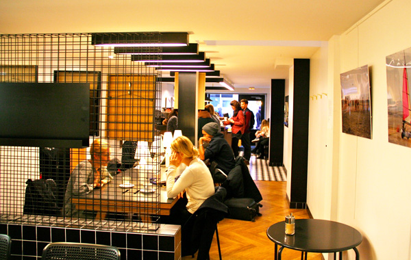 Montage Cafe & Gril