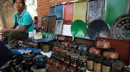 Handicrafts, Lacquerware and Souvenir Shops in Bagan