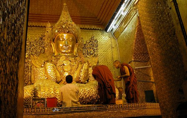 Maha Myat Muni Pagoda