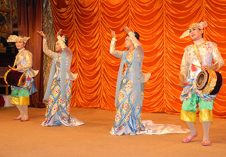 Myanmar Folk Dances