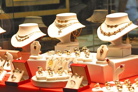 Gem And Jewelry Shops In Mandalay Mynanmar Tours