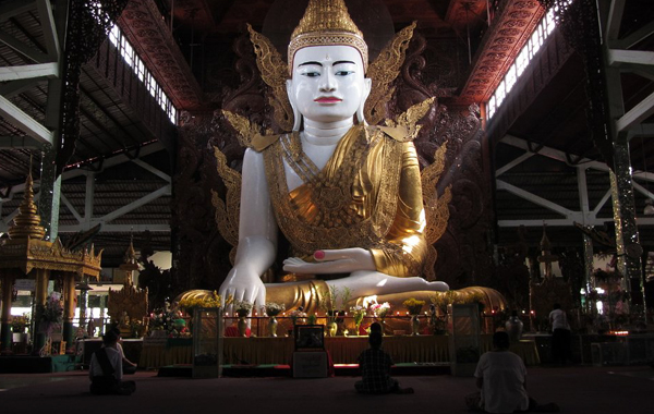 The sitting Buddha image at main hall, Koe Htat Gyi Pagoda