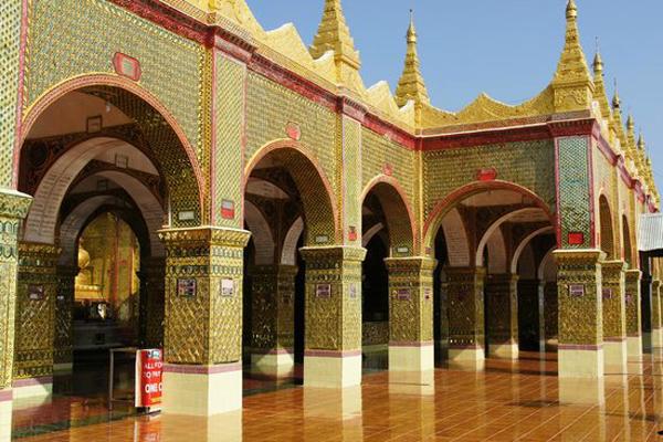 Yadanar Man Aung Pagoda, Mrauk U