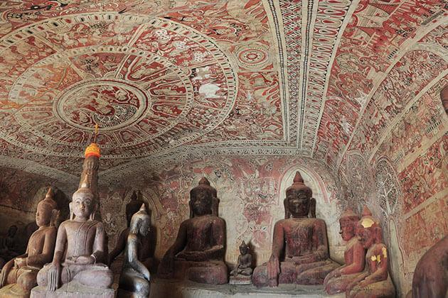 Po Win Taung Cave in monywa