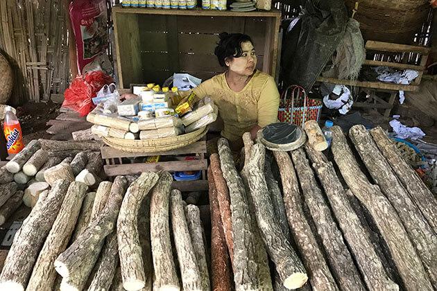 a tanaka stall at Nyaung u market