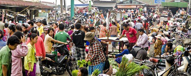 Burmese local market in Bhamo