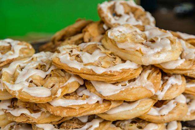 Myanmar street food - Fried Snacks
