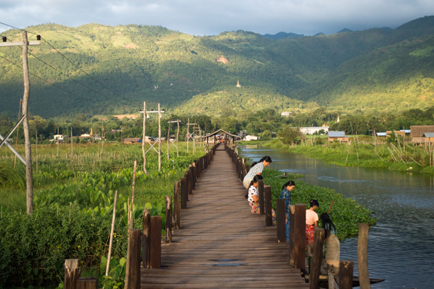 Breathtaking landscape in Maing Thouk village-Inle Lake trekking tour half day