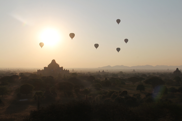 Hot-air balloon experience and see the sunrise over Bagan
