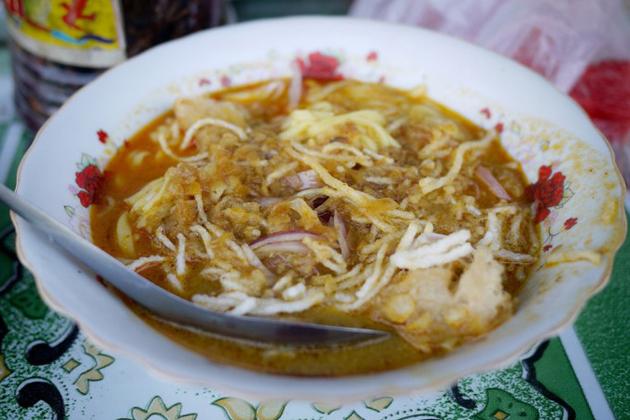 Mild Tomato Noodle Soup