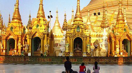 local pilgrims in Yangon - yangon city tour