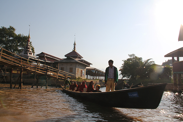 Boat trip in Inle Lake