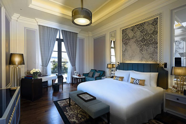 Luxury room in Heritage Hotel Kempinski Yangon