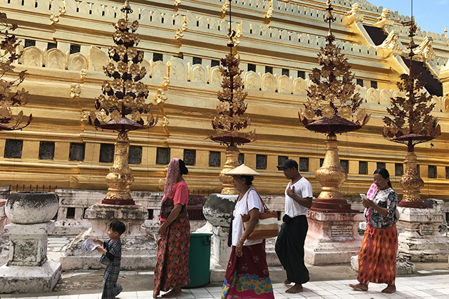 Visiting the pagodas in Myanmar