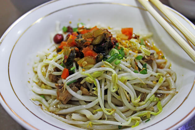 Shan Noodles is made with simple ingredients