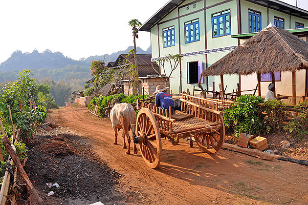 Trekking through the hill village of Kalaw in Myanmar itinerary 7 days