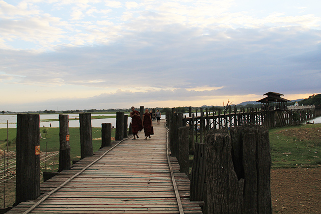 Myanmar itinerary 7 days to the U Bein Bridge