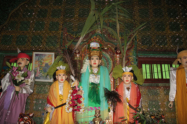 the Nats worship in Mount Popa - Myanmar itinerary 7 days