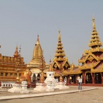Shwezigon-Temple-in Bagan day trip