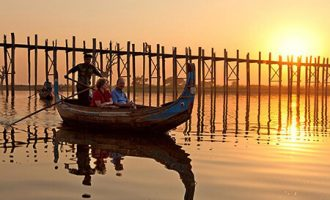 mandalay tour to amarapura ava and sagaing