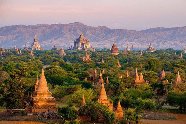 Bagan countless temples and pagodas