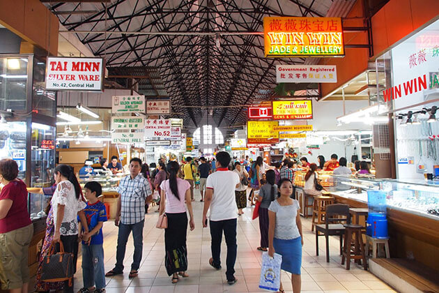 Bogyoke Aungsan Market is the main shopping hub in Yangon