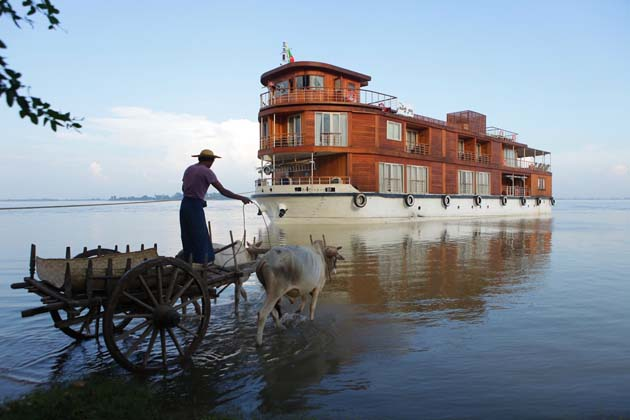 Cruise trip along Irrawaddy River