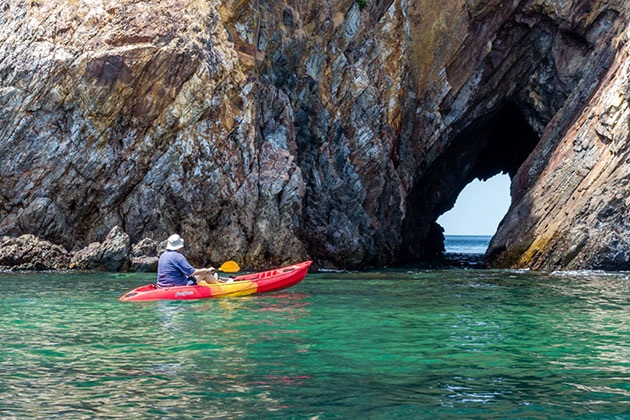 Kayaking in Myeik Archipelago tour