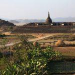 Koe Thaung Temple in Mraulk U