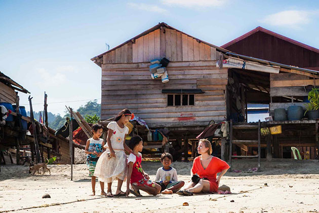 Visit Moken Village in Myeik Archipelago tour