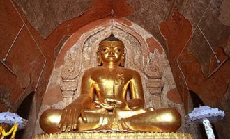 htilominlo temple attraction for bagan tour packages