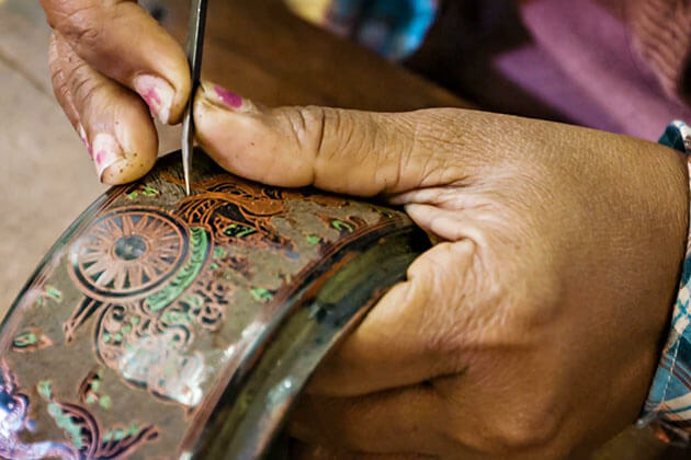 discover the art of Bagan lacquerware in Myanmar tour 10 days