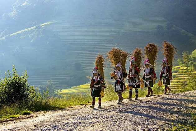 the tribal women in Kyaing Tong