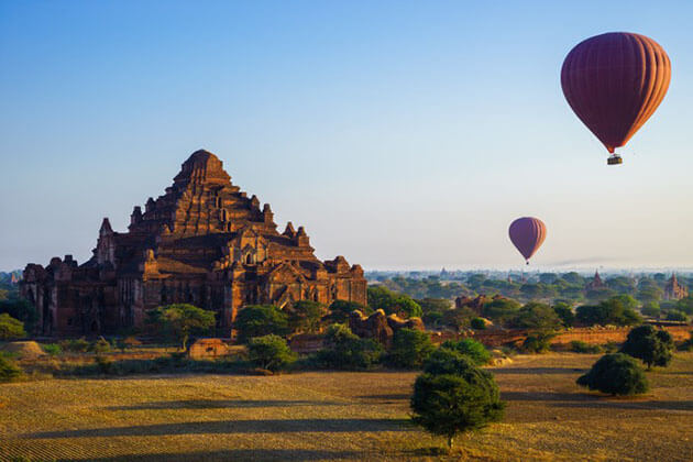 Bagan hot air balloon - Burma culture and beach tour